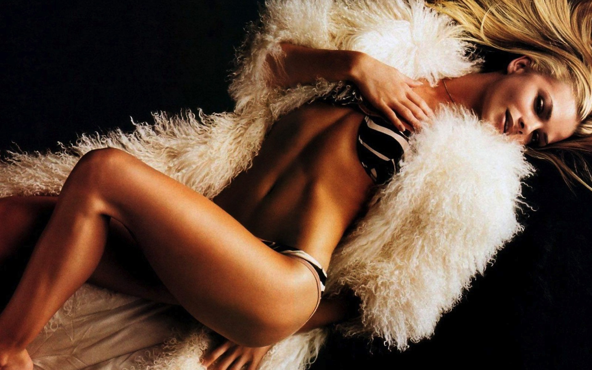 vancouver escorts Agency By Angelsallure